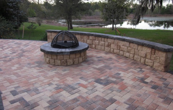 Outdoor Kitchens & Fire Pits 5