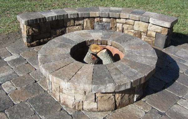 Outdoor Kitchens & Fire Pits 7