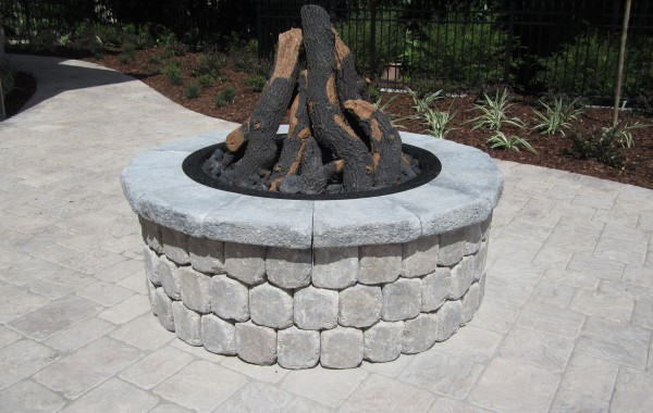 Outdoor Kitchens & Fire Pits 10