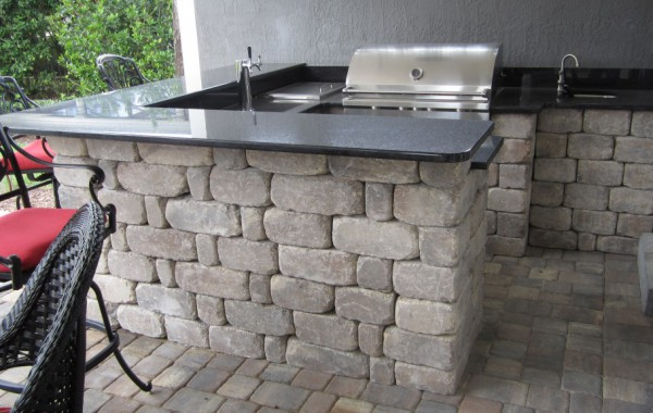 Outdoor Kitchens & Fire Pits 12