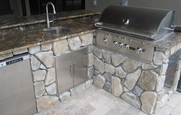 Outdoor Kitchens & Fire Pits 14